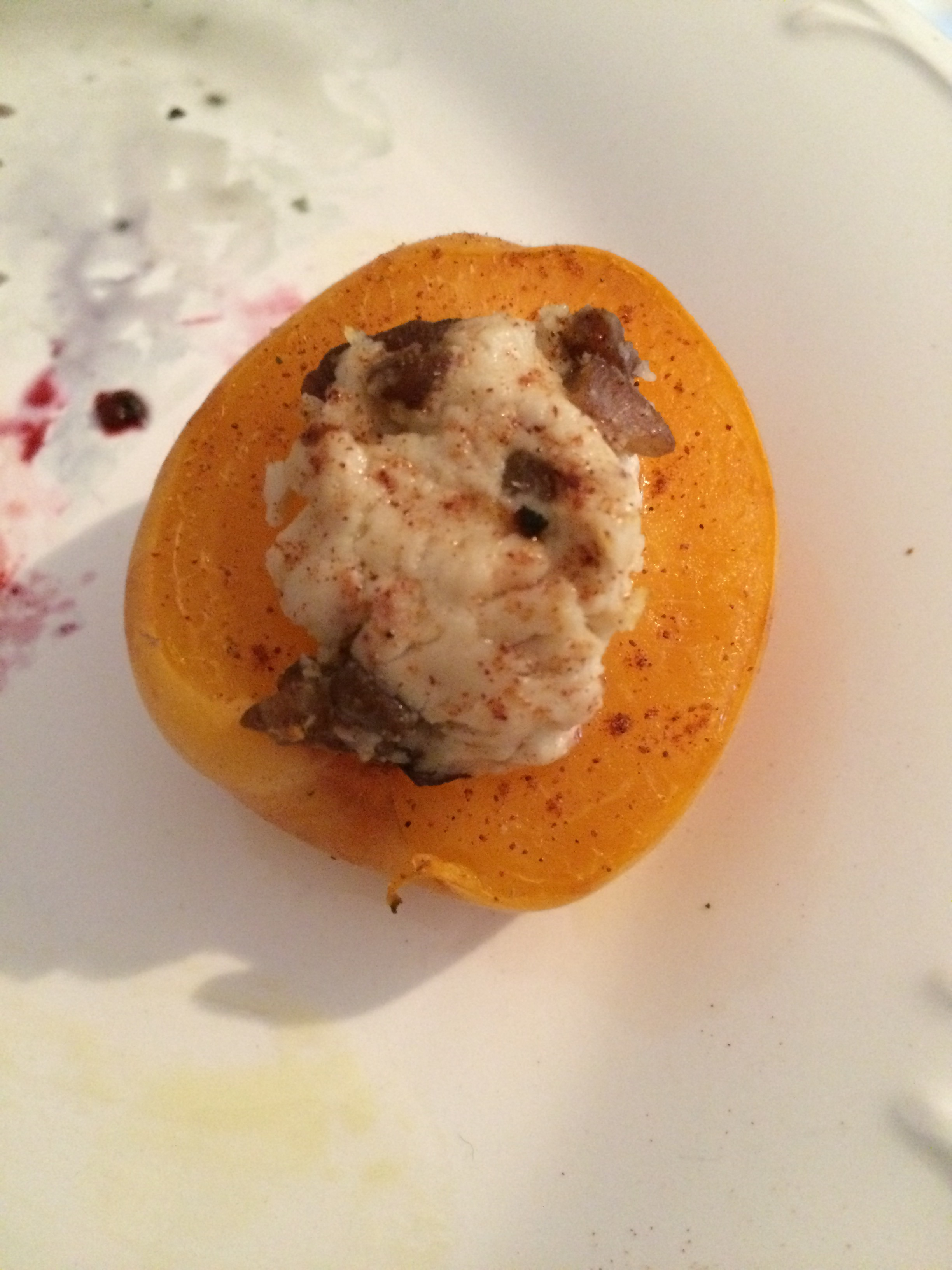 Recipe: goat cheese stuffed baked apricots
